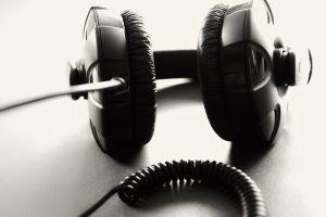 Wzmacniacz, głośniki estradowe, imprezy kameralne i plenerowe - oferta DJ Mastera